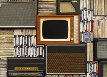 Co zrobić ze starymi kasetami VHS?